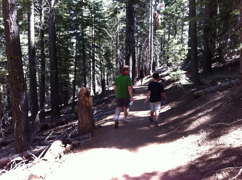 Tahoe hike PeSt