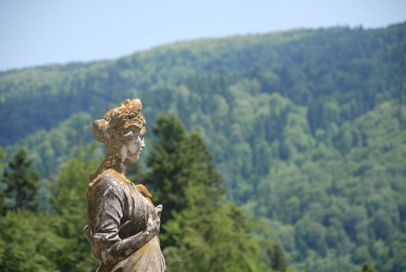 Sinaia with mom statue