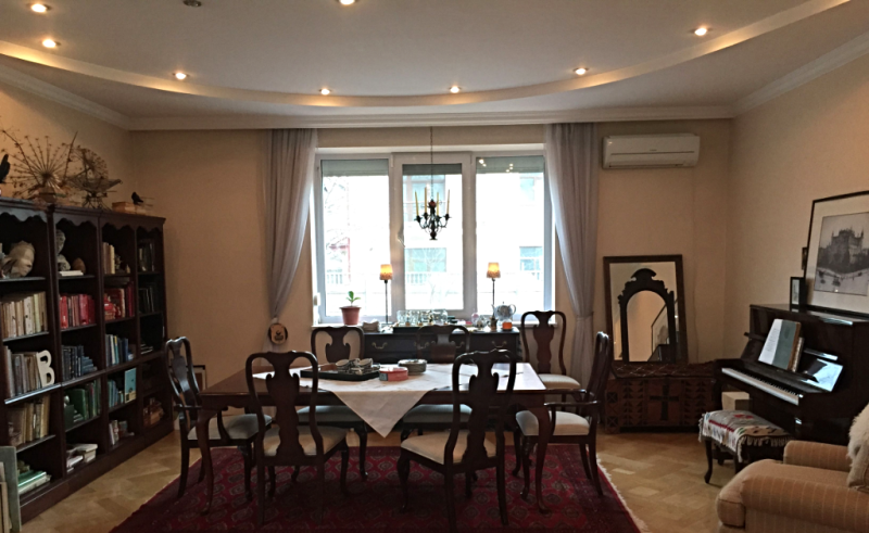 Kyivlife dining room