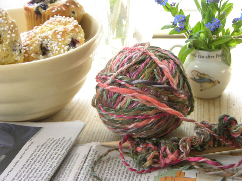 Knitting_newspaper_forget_me_not_2